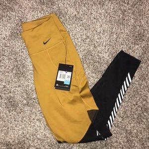 Nike Pants & Jumpsuits - NWT Nike leggings